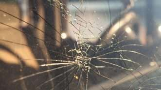 crackedwindshield_1161x653