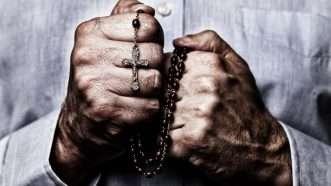 crucifix_1161x653