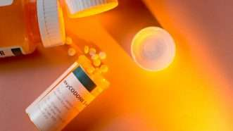 oxycodone-pills-ShebleyCL-Flickr