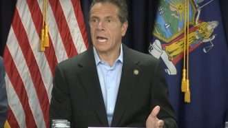 Andrew-Cuomo-e-cig-press-conference-9-12-19b
