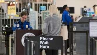 TSA-line-Wikimedia