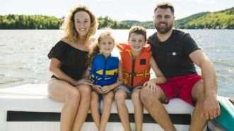 familyboating_1161x653