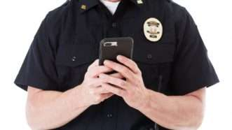 policetexting_1161x653