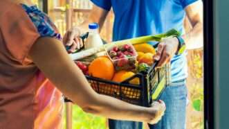 groceries_1161x653
