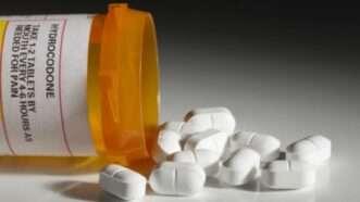 hydrocodone-tablets-Ranjav-Raghav-Flickr