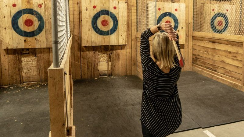 axethrowing_1161x653