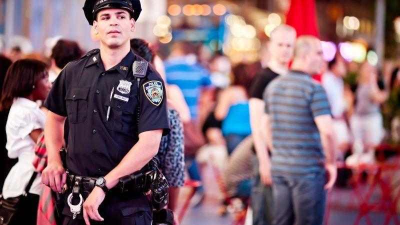 officer_1161x653