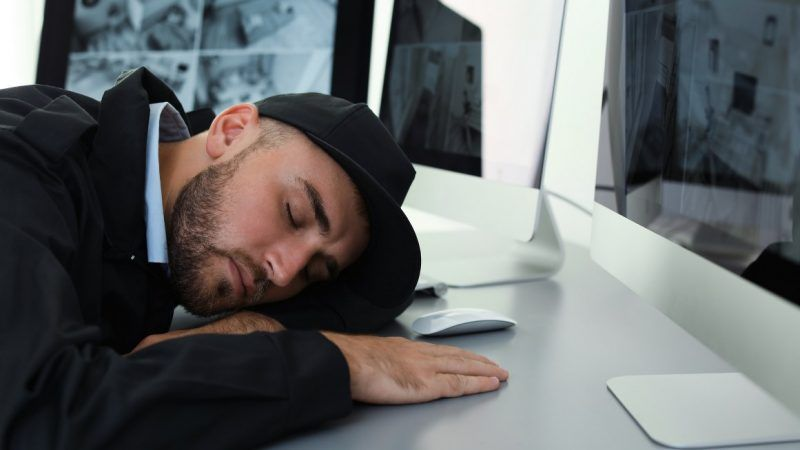 sleepingonjob_1161x653