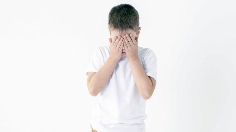 cryingboy_1161x653