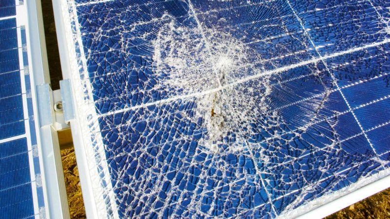 SolarBrokennostal69ieDreamstime