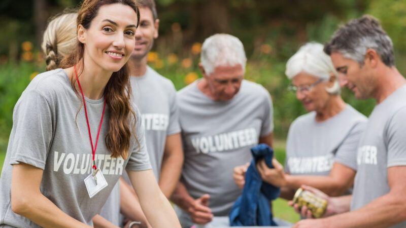 volunteersDreamstime