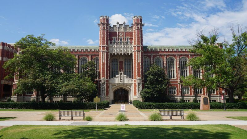 2560px-University_of_Oklahoma_July_2019_69_(Bizzell_Memorial_Library)