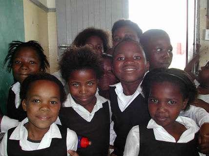 KidsinAfricanSchool