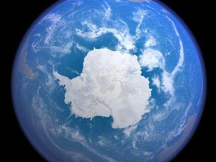 AntarticaDreamstimeInterpix
