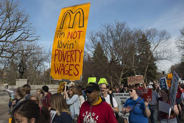 Minnesotans protesting for a higher minimum wage