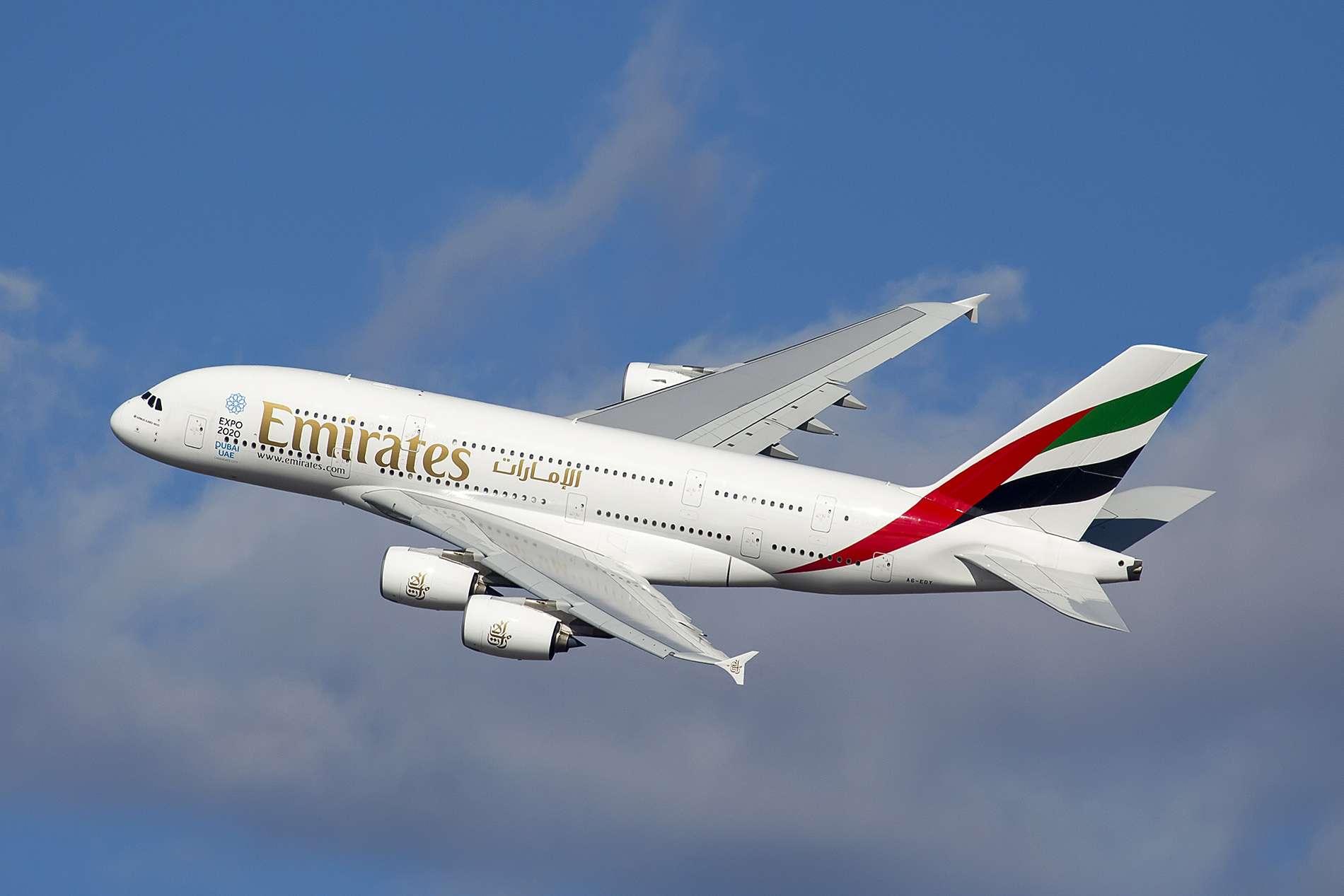 |||Emirates Plane Photo from Maarten Visser and Wikimedia Foundation