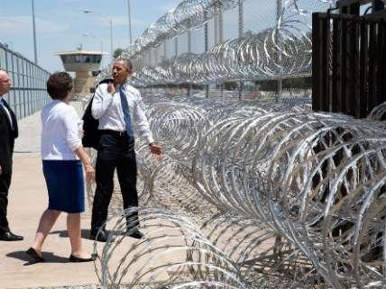 Obama visiting prison
