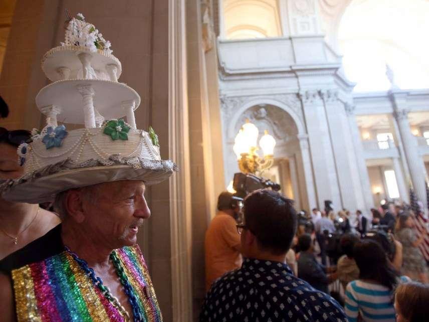 Wedding cake hat