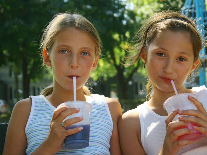 Kids drinking soda