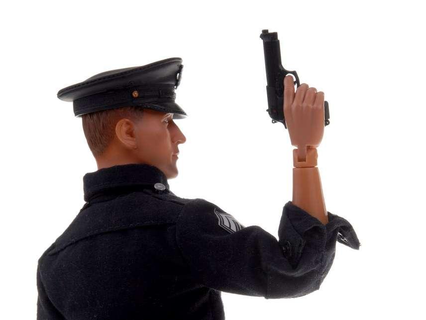 Toy cop