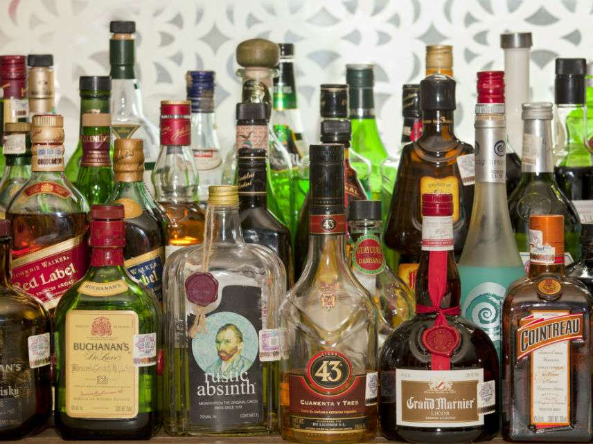 Christmas Liquor.Here Are The 24 States That Ban Alcohol Sales On Christmas
