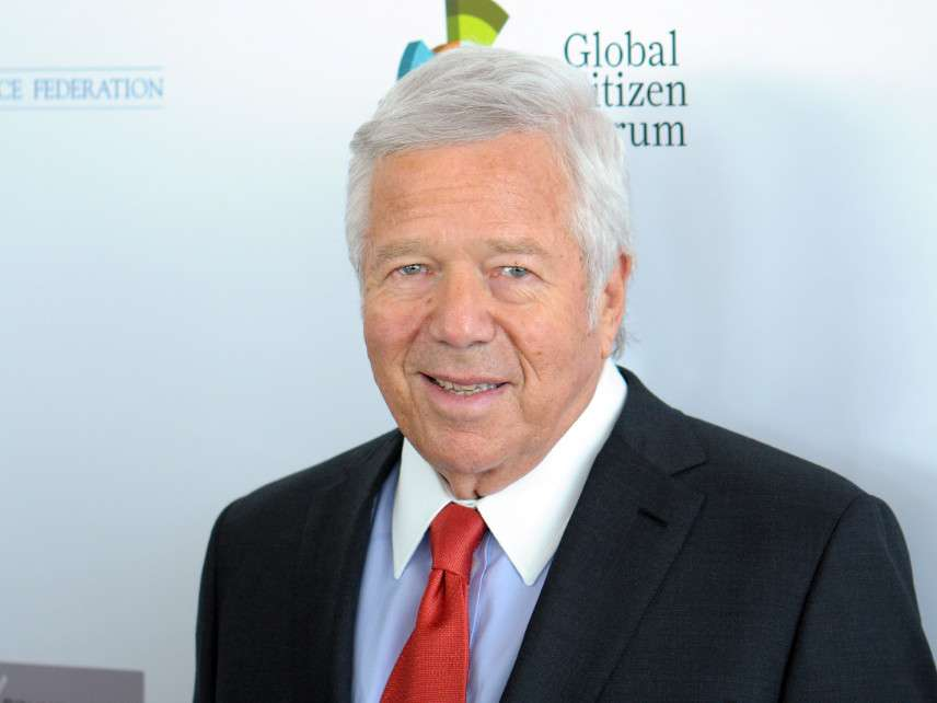 f5932a838 Patriots Owner Robert Kraft's Bust Is Being Billed as a Human ...