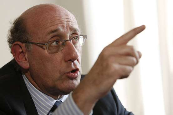 Kenneth Feinberg wags the scolding forefinger of fiscal justice.