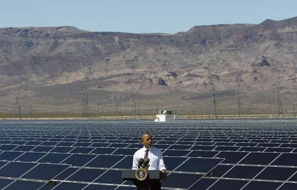 Obama tilts at solar panels