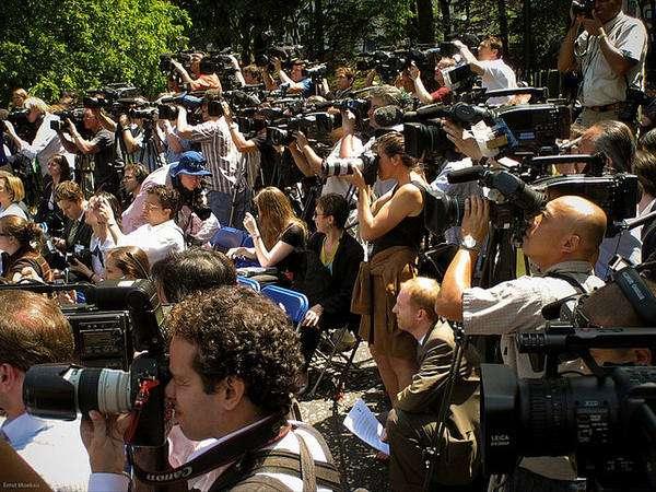 NY media swarm