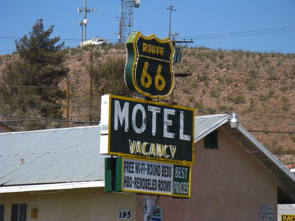 Barstow's amateur Route 66 photography industry must be protected!