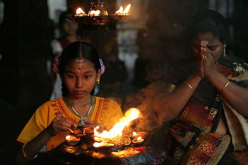 Hindu worshipers