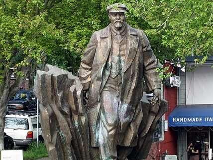 seattle lenin statue, originally of czechoslovakia, still standing