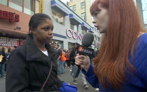 Shenita Simon, a shift supervisor at KFC, who participated in the strike. |||