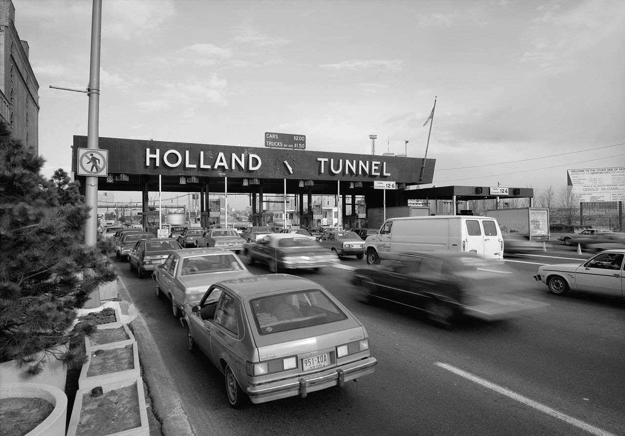 The Holland Tunnel, which is owned and run by the Port Authority of New York and New Jersey |||