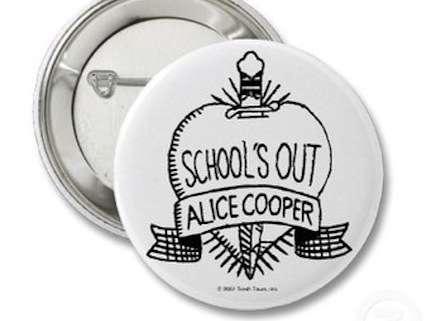 Ceci n'est pas une Alice Cooper song.