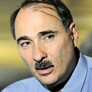 David Axelrod can neither comprehend nor control a world where access to Photoshop is universal.