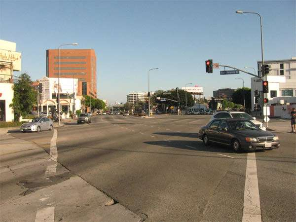 Carmageddon: San Vicente Blvd. empty.