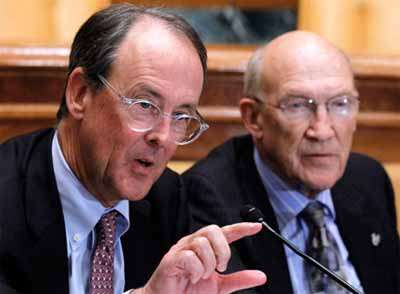 Erskine Bowles and Alan Simpson estimate how many votes their deficit-reduction plan got.