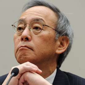 Steven Chu, large and in charge.