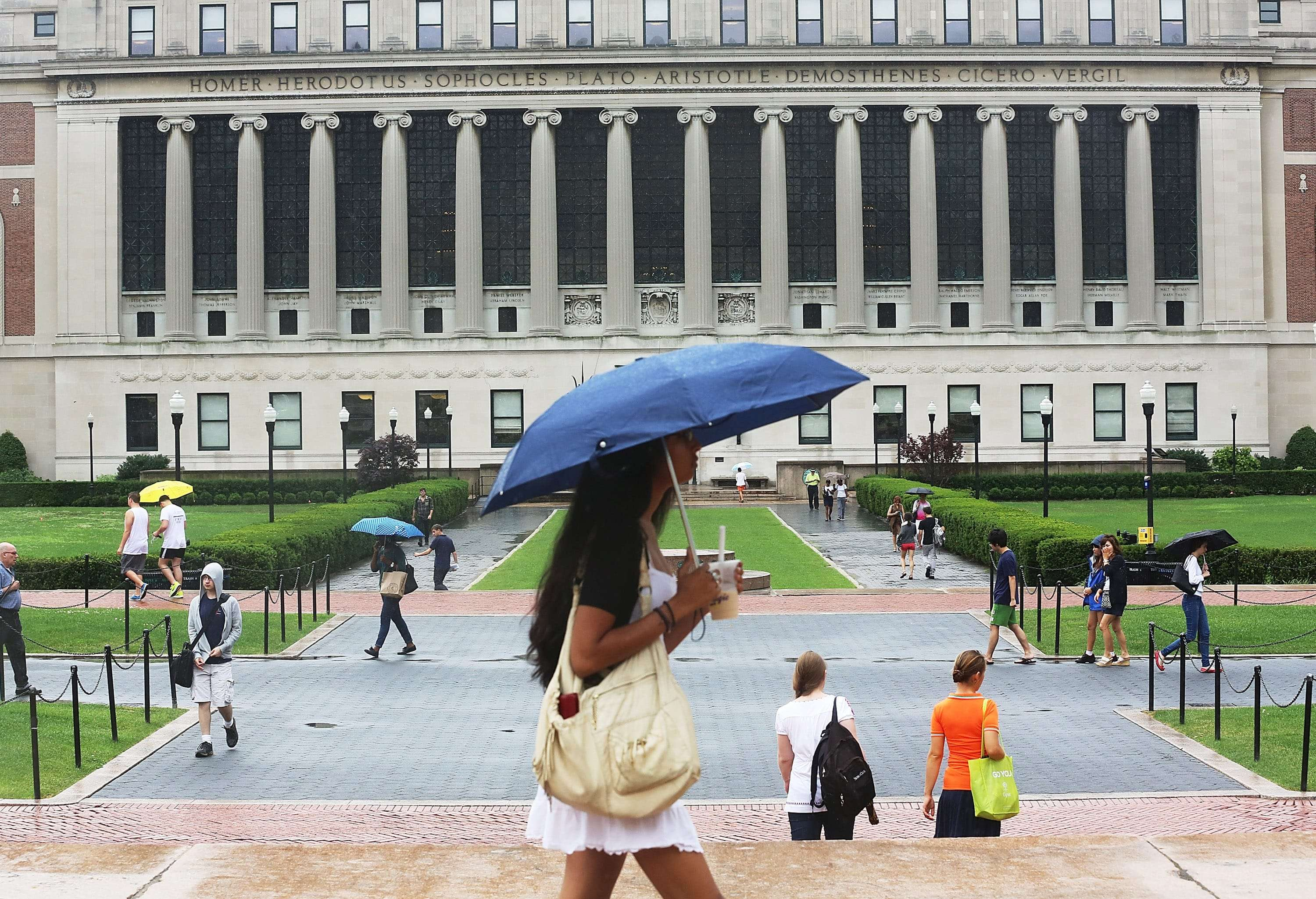 People walk on the Columbia University campus in 2013 in New York City. (Mario Tama/Getty Images)