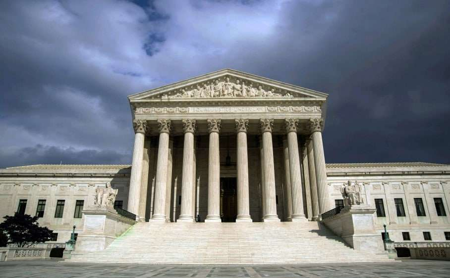 (FILES) In this March 31, 2012 file photo, the US Supreme Court Building is seen in Washington, DC. President Barack Obama's administration on November 10, 2015 asked the Supreme Court to uphold White House measures shielding up to four million undocumented migrants from deportation. Thrusting the country's top court into the role of arbiter in a emotionally charged political debate, the Justice Department said it would challenge lower court rulings that blocked Obama's efforts to reform immigration policy. AFP PHOTO / KAREN BLEIER / FILESKAREN BLEIER/AFP/Getty Images