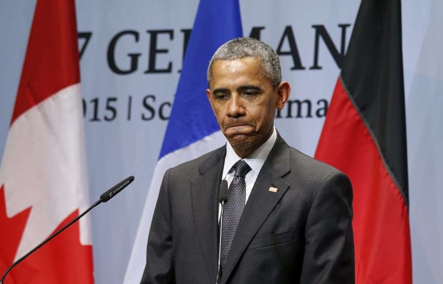 U.S. President Barack Obama pauses while holding a news conference at the conclusion of the G7 Summit in the Bavarian town of Kruen, Germany June 8, 2015. REUTERS/Kevin Lamarque